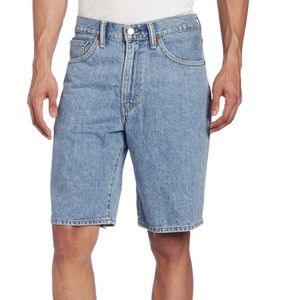 Levi's Men's 550 Shorts. W32